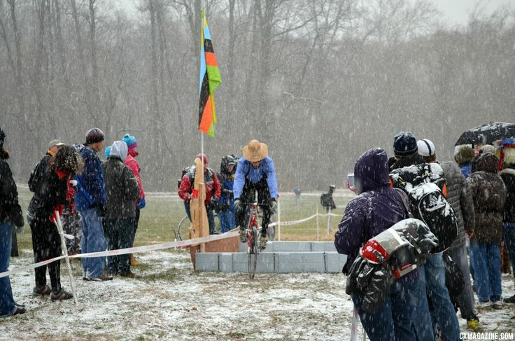 Adam Craig Repeats, Vicki Barclay Takes Snowy Win at SSCXWC – Brief Report and Gallery