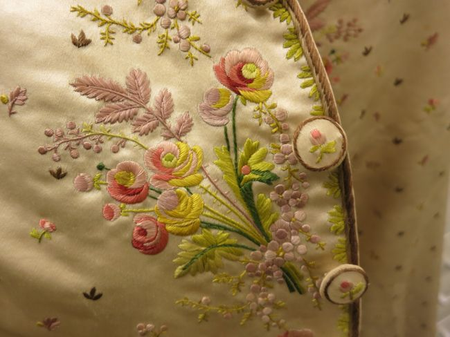 Late 18th century three-piece mans suit: waistcoat of silk satin with silk embroidery, Honolulu Museum of Art