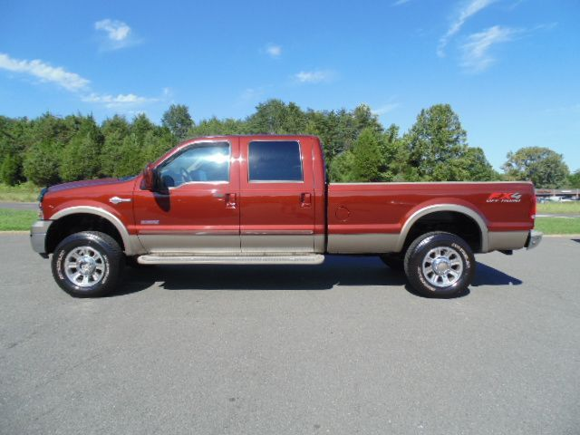 www.emautos.com 2005 Ford F350 King Ranch Crew Cab Long Bed 6.0L Powerstroke Diesel - LOCUST GROVE VA