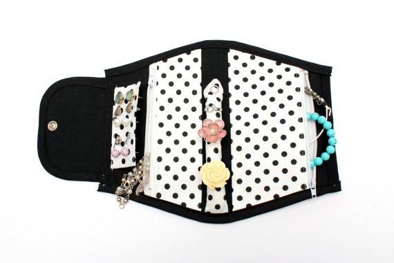 Splendid Spotty Jewellery Holder, Portable and Great for Travelling!
