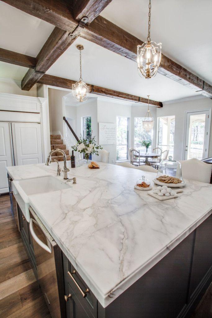 Calacatta Gold Borghini Extra Marble Kitchen Aria Stone Gallery Kitchen Design Decor Replacing Kitchen Countertops Kitchen Marble