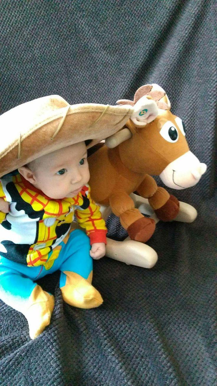 Toy story photoshoot Woody and Bullseye