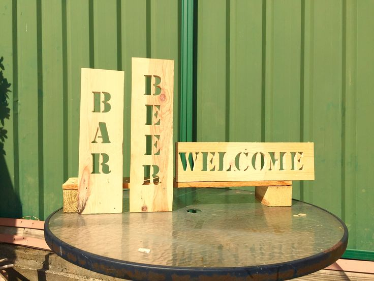 Customised Wood Signs from reclaimed wood pallets