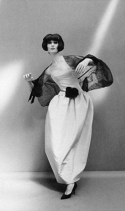 Dior formal gown holder - 1 2