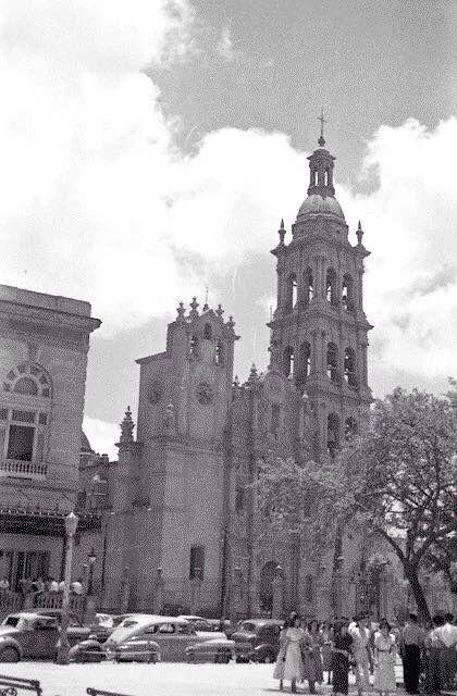 Catedral de monterrey mi tierra monterrey de ayer for Sillas para iglesias en monterrey