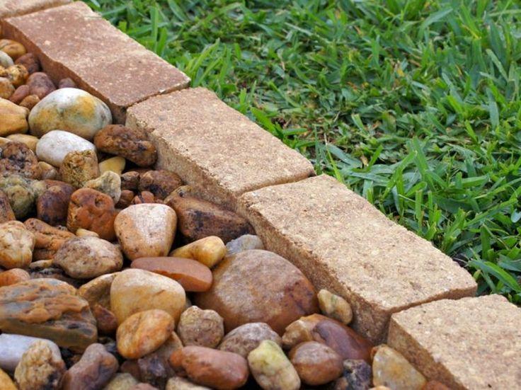 Beeteinfassung aus Naturstein selber bauen