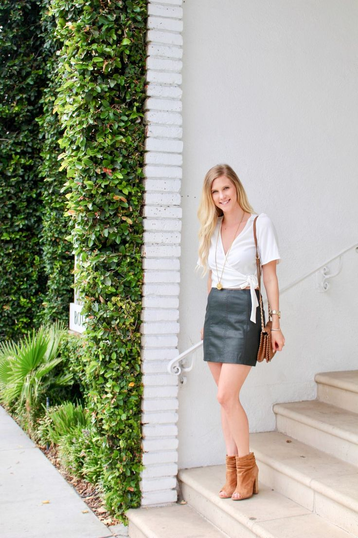 Leather Skirts for Fall | The Styled Petite | Free People Leather Skirt | Kristin Cavalari Booties | thestyledpetite.com