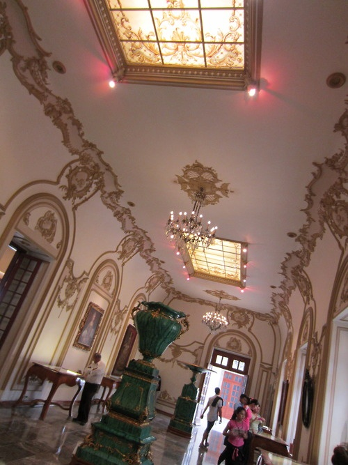 17 best images about mexico city polanco and chapultpec for Sala 976 latin palace