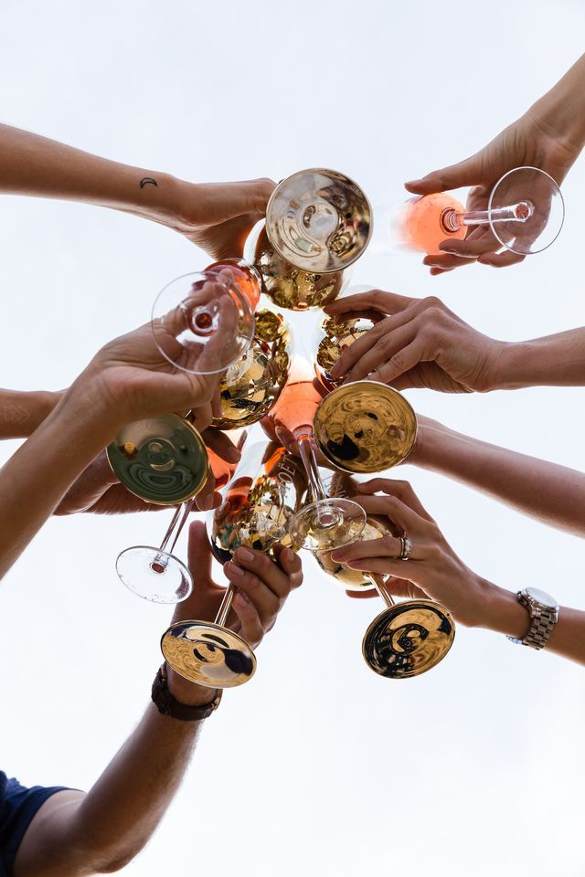 Moët Moments – Among Friends