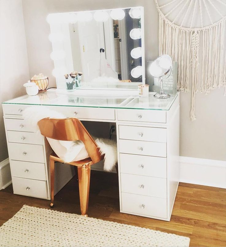 Best 25 Vanity In Closet Ideas On Pinterest: 25+ Best Ideas About Bedroom Vanities On Pinterest