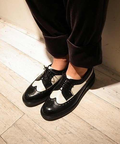 It's our product of women's shoes.  I like this shoes.