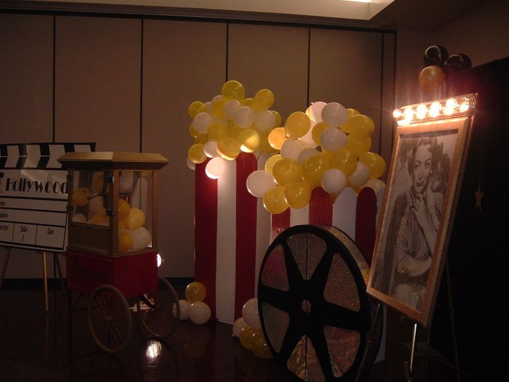 Hollywood Party Decorations Centerpieces