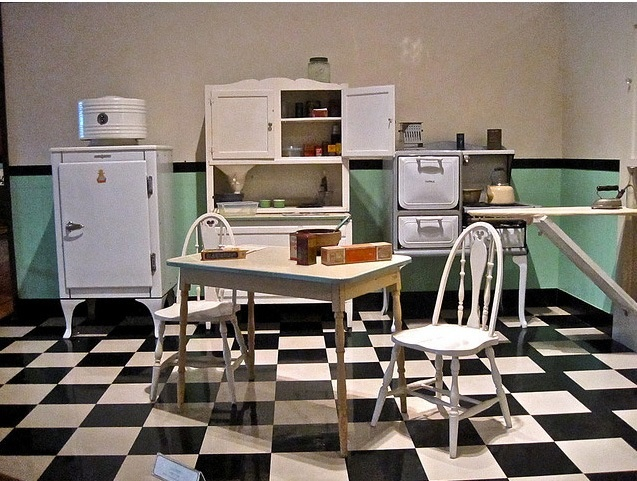 81 best 1930s-era kitchens images on pinterest | hoosier cabinet