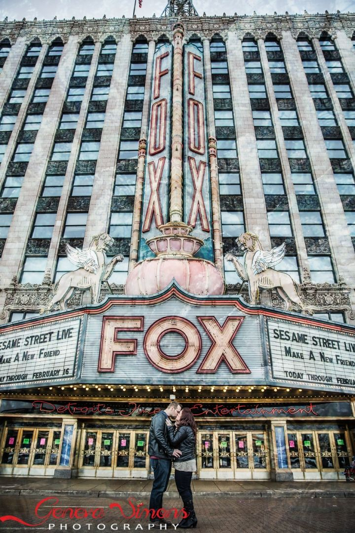 detroit engagement session fox theater (2 of 5)                                                                                                                                                     More