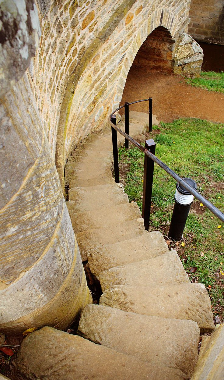 Richmond Bridge, the oldest convict built bridge in Australia / Insider tips on…