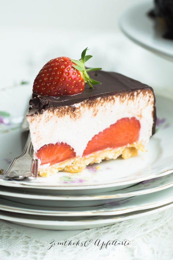 Ein Erdbeer-Ricotta-Törtchen mit Knusperboden ist wirklich unglaublich köstlich, braucht keinen Kühlschrank und gefällt bestimmt auch Mamas zu Muttertag