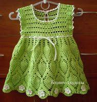 Tina's handicraft : green dress with white flowers