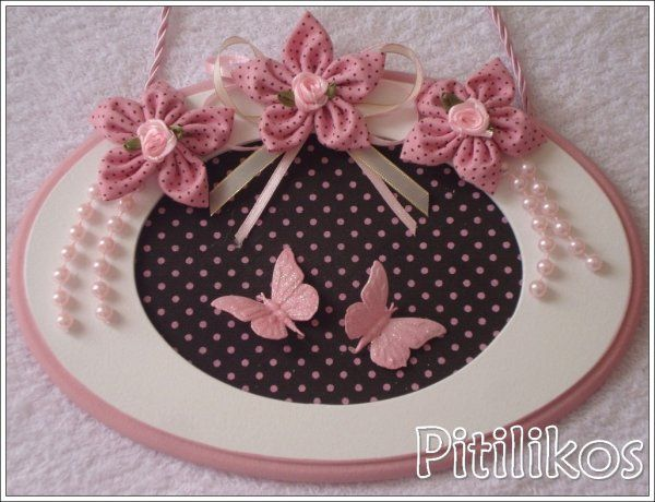 Pitilikos - Enfeite de Maternidade - Flores e Borboletas Rosa e Marrom