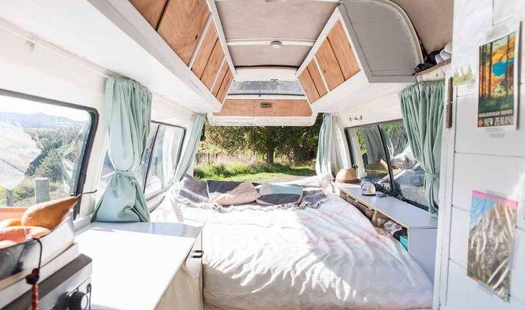 am nager un van pour voyager en nouvelle z lande ils l ont fait dormir couple et. Black Bedroom Furniture Sets. Home Design Ideas