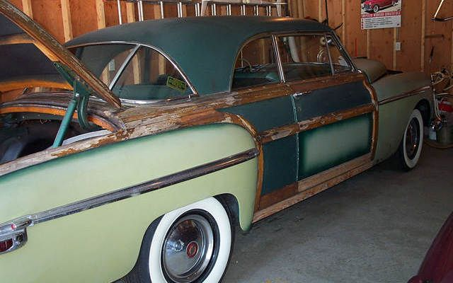 Barn Finds At A Boat Auction! - http://barnfinds.com/barn-finds-at-a-boat-auction/