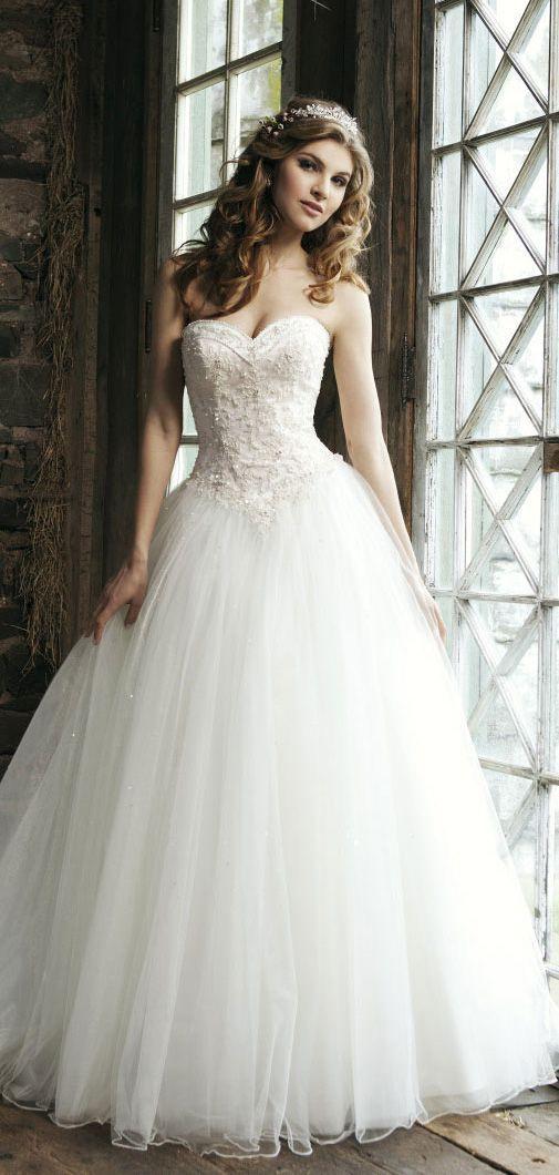 Trouwjurk inspiratie opdoen! De perfecte prinsessen trouwjurk! :)