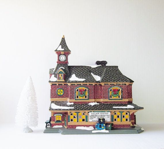 Village Station Dept 56 Snow Village 1992 Lighted Ceramic House Vintage Holiday Home Decor Christmas Electrical Display Train Set Accessory    This is