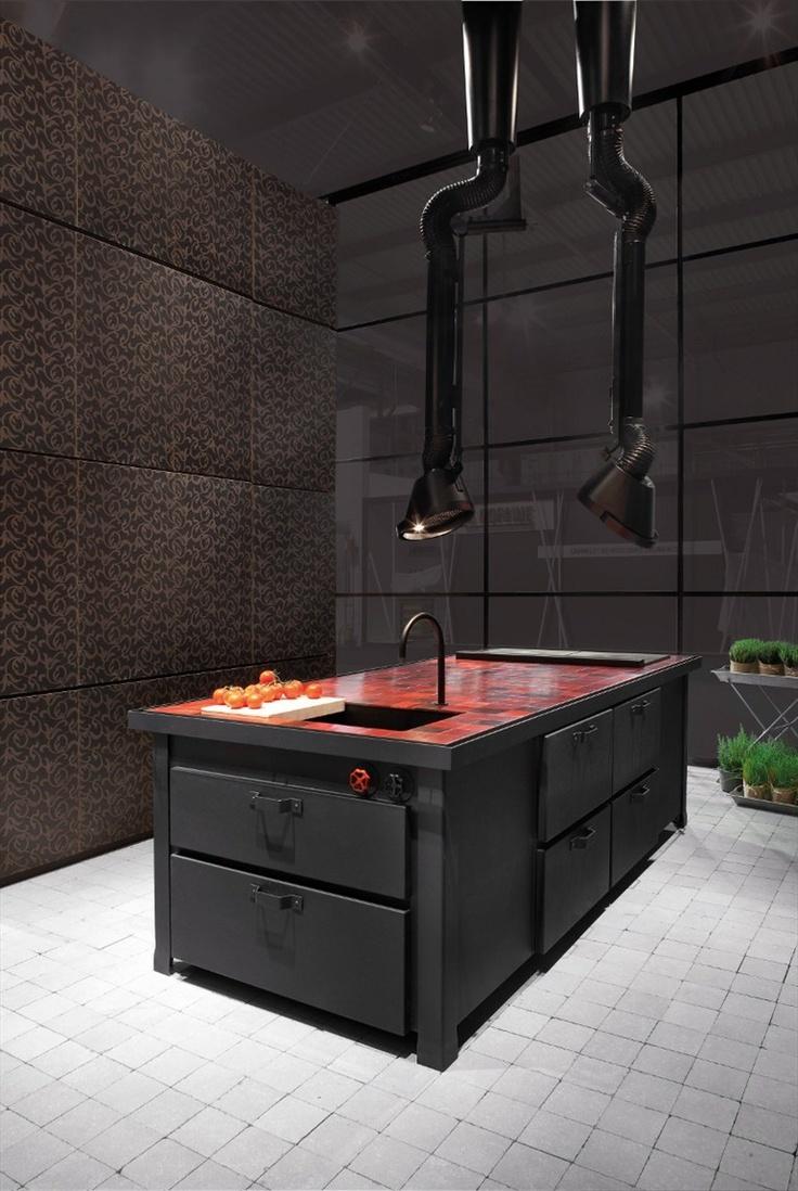 MAMMUT Cooker Hood By Minacciolo Design Silvio Stefani, Ru0026S Minacciolo