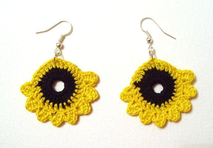 Crochet earrings. Black and yellow.