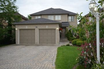 For Sale! Pickering Detached Solid 4 bdrm Home Aggressively Priced @ $535,000! Call Rex at 416-936-5026