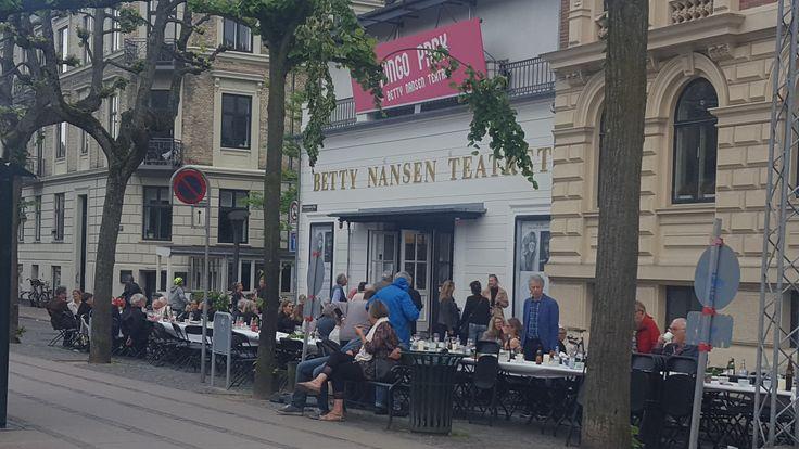 Fællesspisning ved Betty Nansen Teatret under Frederiksberg Dagene 2017.