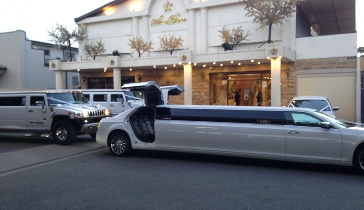Arrive in style with oz Limo Hire and Wedding Car Hire, Most Complete Limousine Service, for your wedding Cars, School Formal Limo, Hens Night Limo, Corporate Car Hire or special day. YES, WE ARE LOCAL!