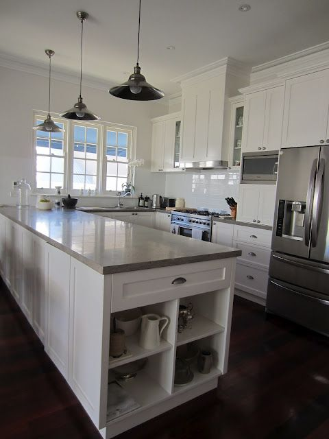 Built-in rangehood Paint- DULUX Natural White- Cabinets, Limed White Quarter- Walls