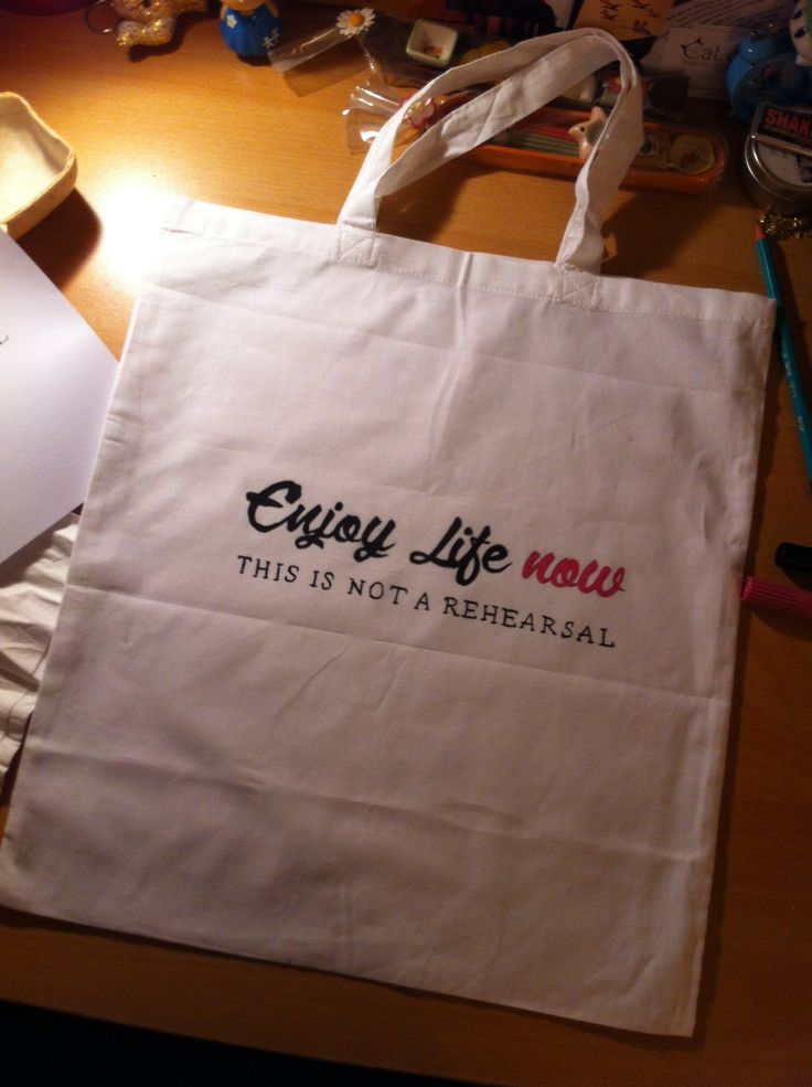 """Enjoy life now"" DIY tote bag"