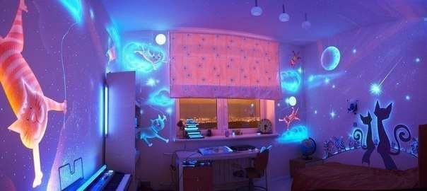 Дизайн комнаты из флуоресцентной краски #Дизайнкомнатыизфлуоресцентнойкраски #дизайнкомнаты #флуоресцентнаякраска #идея #дом #ремонт #работа #дизайн #интерьер #строители #строительство #строительныйпортал #stroitelinetua #поискстроителей