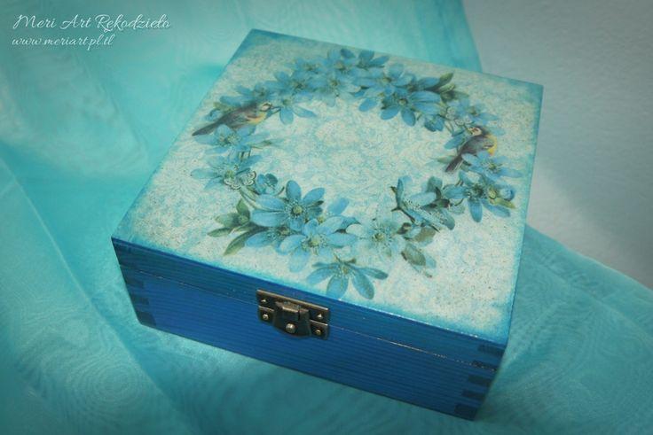 "Handmade blue jewellery box ""In blue"" pic.1 www.meriart.pl.tl #meriart #handmade #jewellerybox"