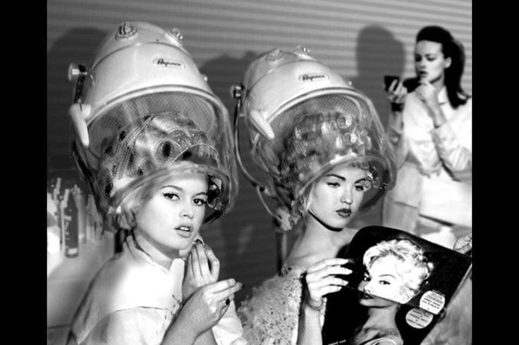 1804 best vintage hair salon images on pinterest beauty - Vintage salon images ...