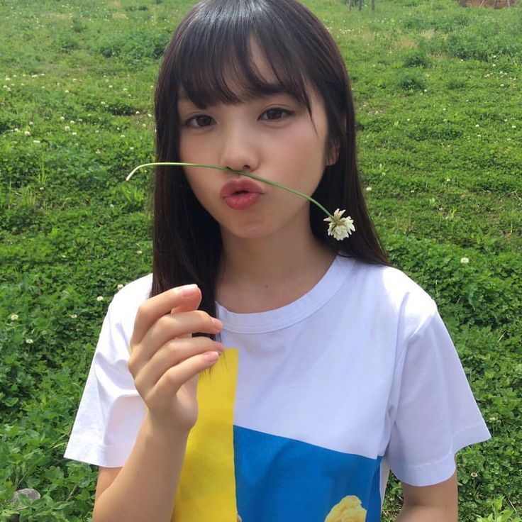 7月の神宮は夜勤終わりで新幹線で東京へからの2日ライブ終わりで夜行バスで大阪帰ってからのそのまま仕事という過酷スケジュールになりそうです これでも好きだからこそできるんですよね 社会人の方に質問なんですが皆さんは会社でオタバレしてますか⁉️ 俺はしてないので休み取るのが大変です(笑) #乃木坂46 #与田祐希 #nogibingo8 #真夏の全国ツアー2017