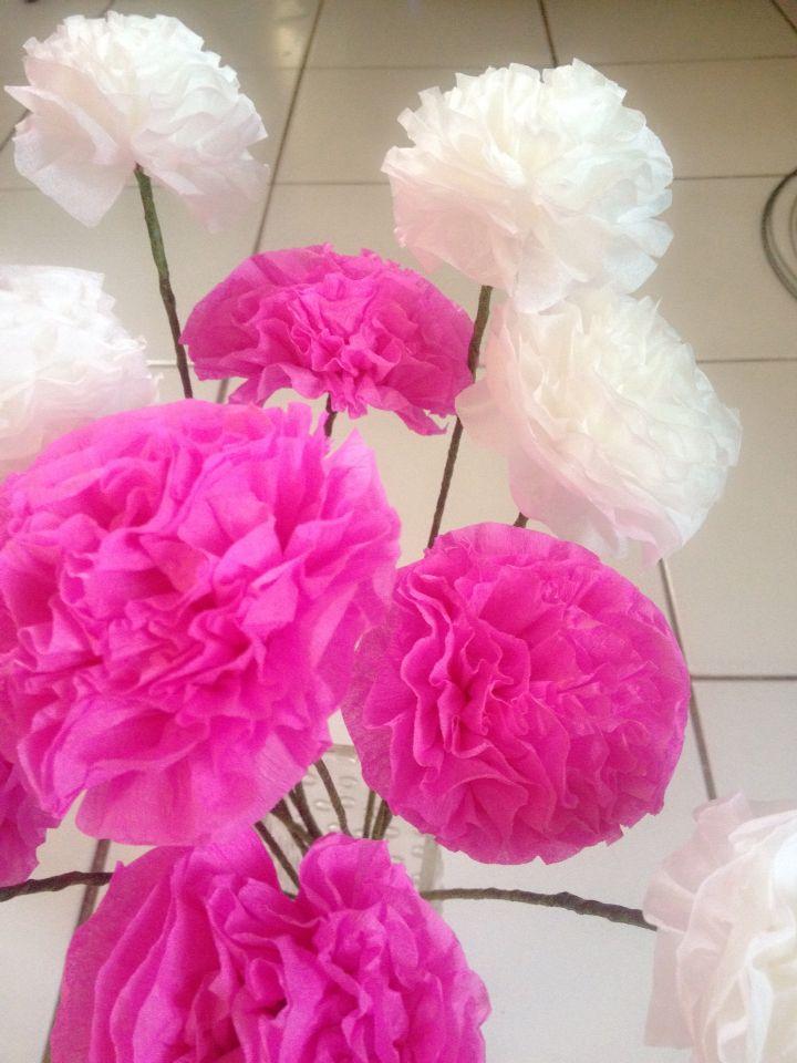 Tissue flower and crepe paper flower