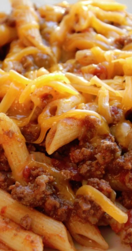 Crock Pot Cheesy Pasta and Beef Casserole ~ Hearty ground beef recipe that's great for lazy nights when you don't want to cook.