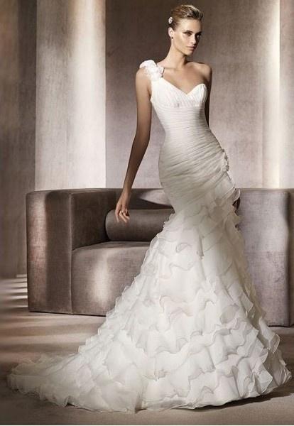 Organza Floral One-shoulder Neckline Mermaid Wedding Dress with Tiered Ruffle Skirt 642532
