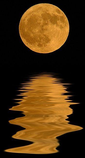 Copper Moon #Moon #Mond #Copper