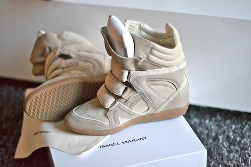 one day ill have a pair of isabel marant shoes in my closet..oneeee day #isabelmarant #sneakers #boots #shoes #ukisabelmarantcom