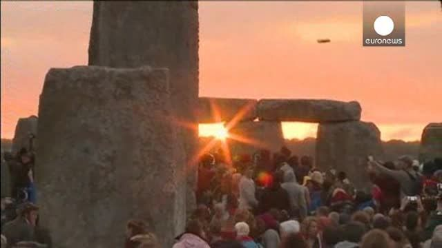 """Otro solsticio de verano en el prehistórico """"Templo del Sol"""""""