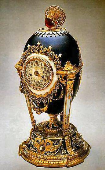 Ornamento_Cockerell Egg 20.3cm_ano 1900_Faberge_Fonte da imagem www.mieks.com