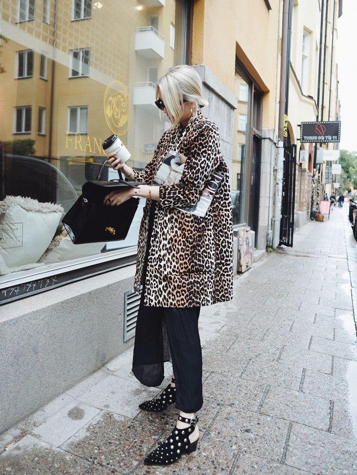 Josefin Dahlberg– Metro Mode