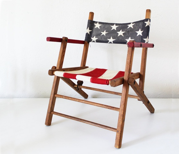 Folk American Flag Chair  by Lucky Little DotBlessed America, Folk American, American Flags, 4Th Of July, Folding Chairs, Diy Decor, Flags Chairs, Flags Minis, Antiques Folk