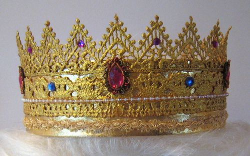 Crowns made from lace and gold leaf powder. Fun for dolls or dress-up, or Halloween.  Even theater!