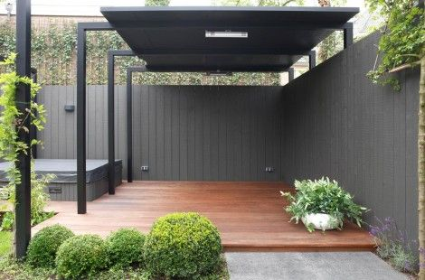 Moderne tuin twee onder één kap