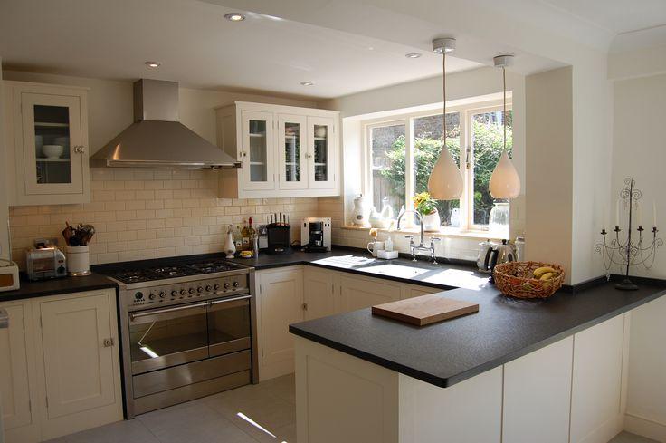 Plain English, shaker kitchen