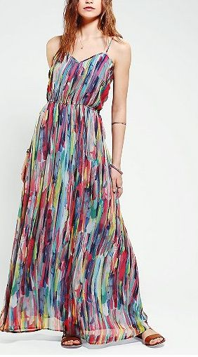 Fall Maxi Dresses are a great wedding look for summer into fall!